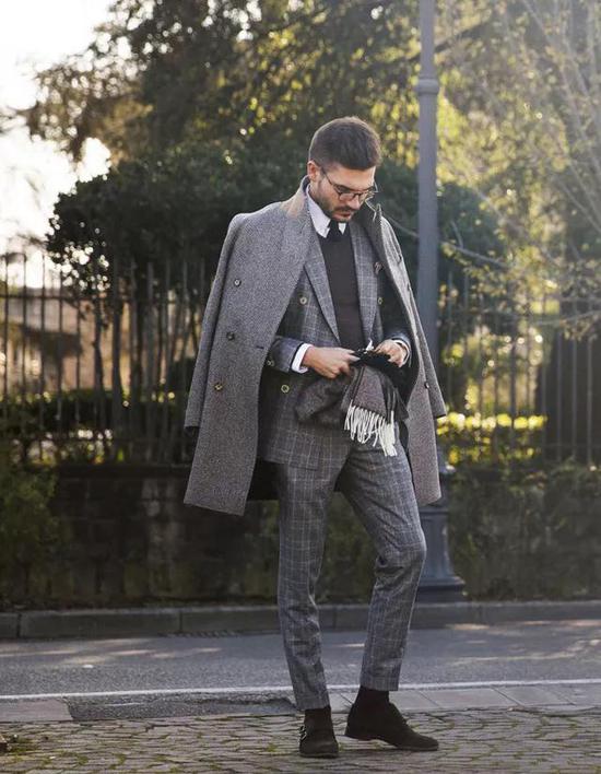 大衣+皮夹克