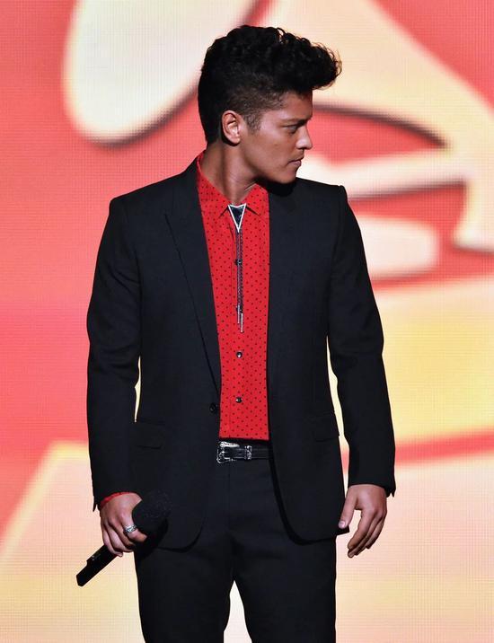 权志龙的波洛领带 不要等大热流行再买