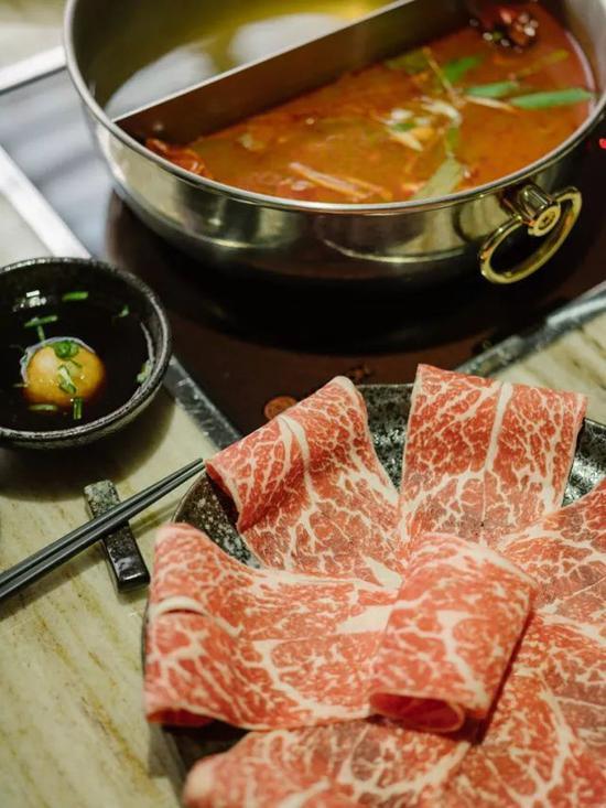 《康熙来了》灵魂美食家胡天兰带你寻锅台北
