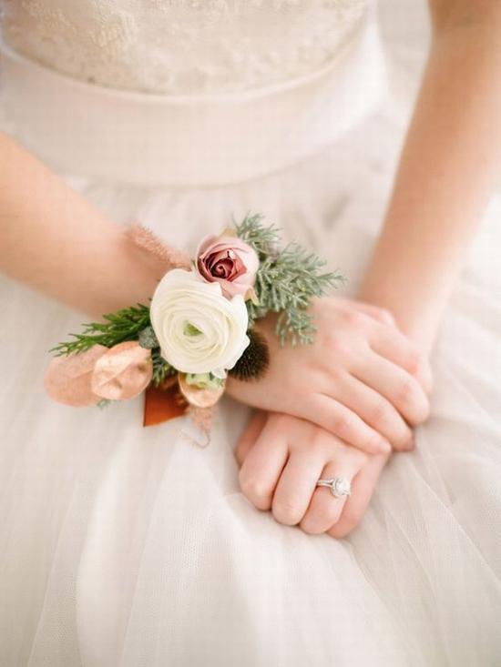 腕花的时代已来临 图片源自weddingchicks