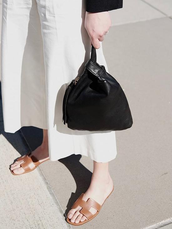 Hermès Oran sandals