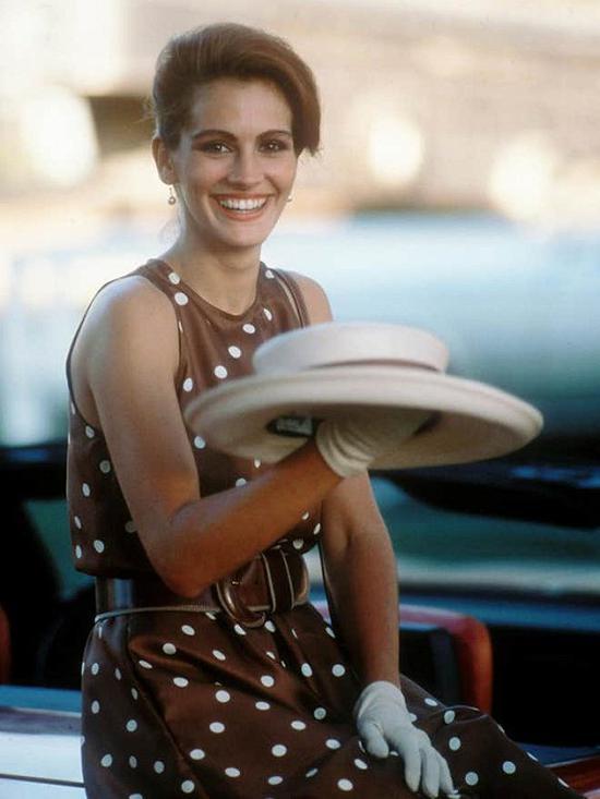 茱莉亚·罗伯茨在电影《漂亮女人》中的造型