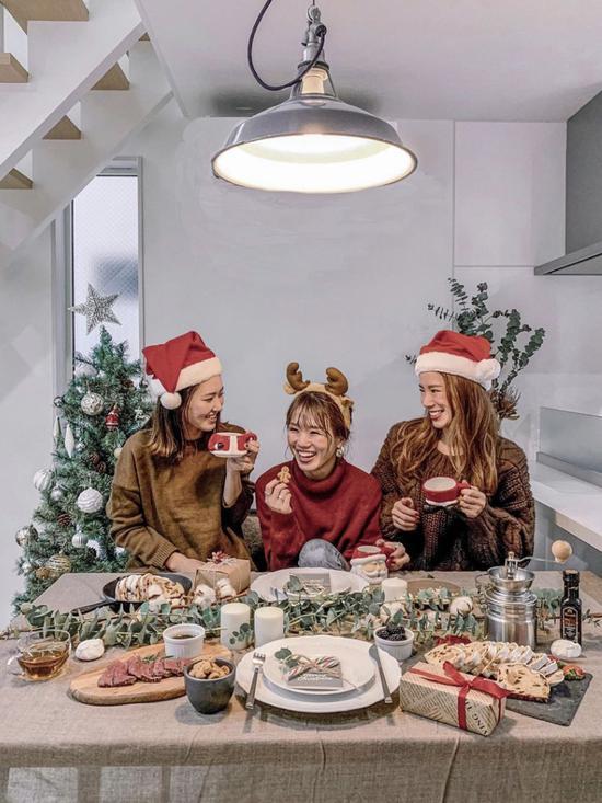 圣诞绝美妆容五个小技巧 称霸圣诞节朋友圈不是梦
