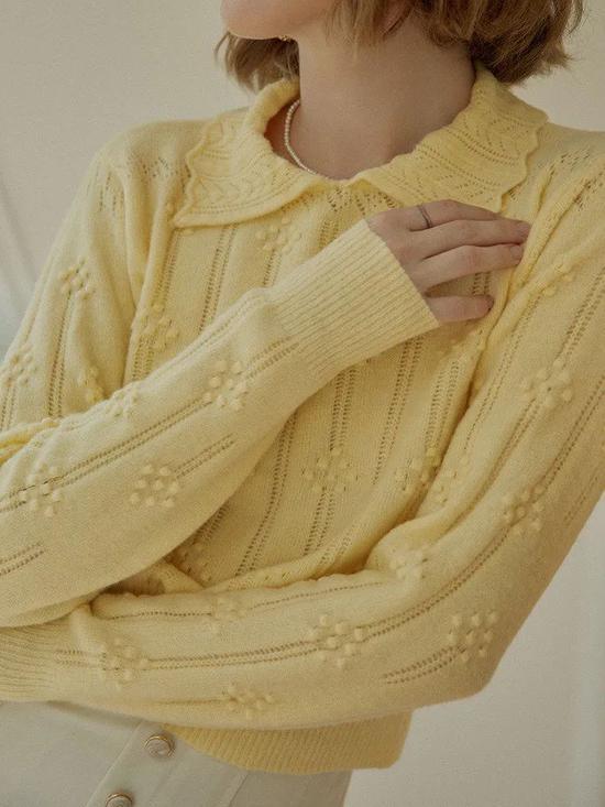 衬衫搭配毛衣 比你想的花样多