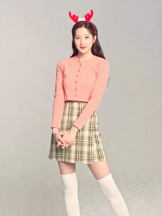 文佳煐剧里演绎青春少女剧外却是不折不扣的气质小姐姐