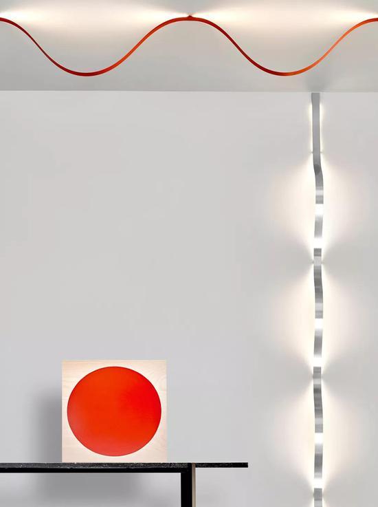 作品:Sine Lights,设计:David Derksen