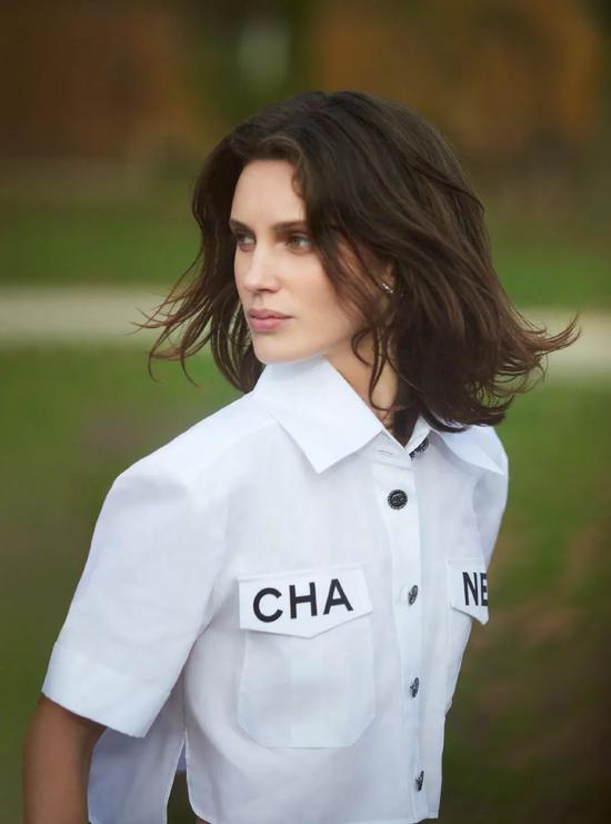 法国女演员Marine Vacth
