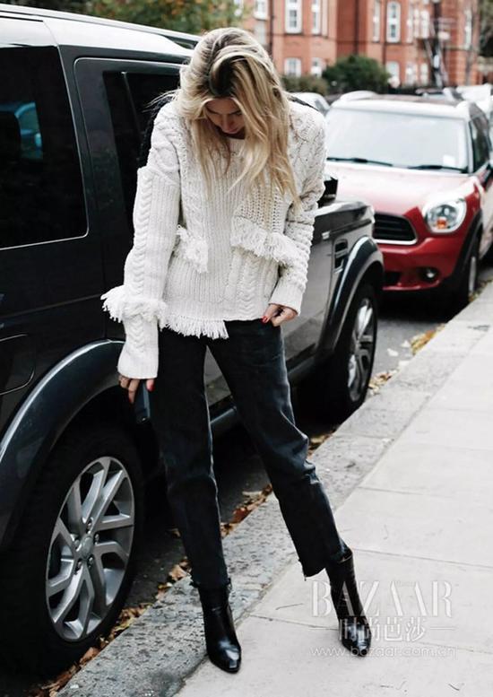 穿上钟楚曦的白毛衣牛仔裤做个不忘初心的女子夜惊魂三毛钱看