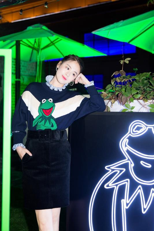 SANDRO携手马思纯空降上海 发布全新2018秋冬合作系列