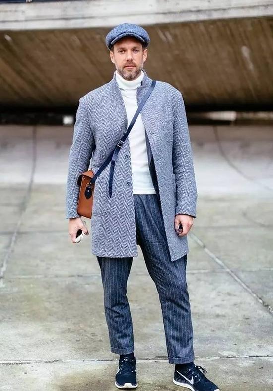 如果没有修长的长脖子,那么只有正装领大衣能挽救你。