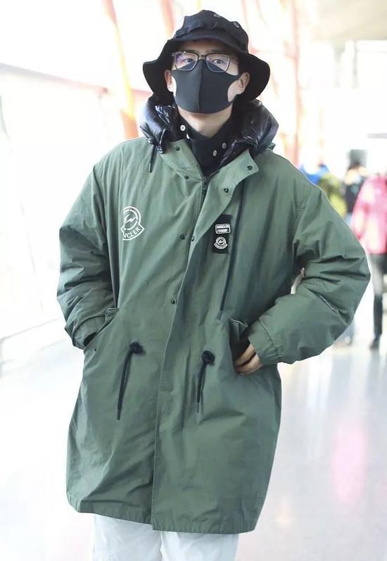 李现刘昊然肖战 男明星们的外套你最想穿谁的御寒?