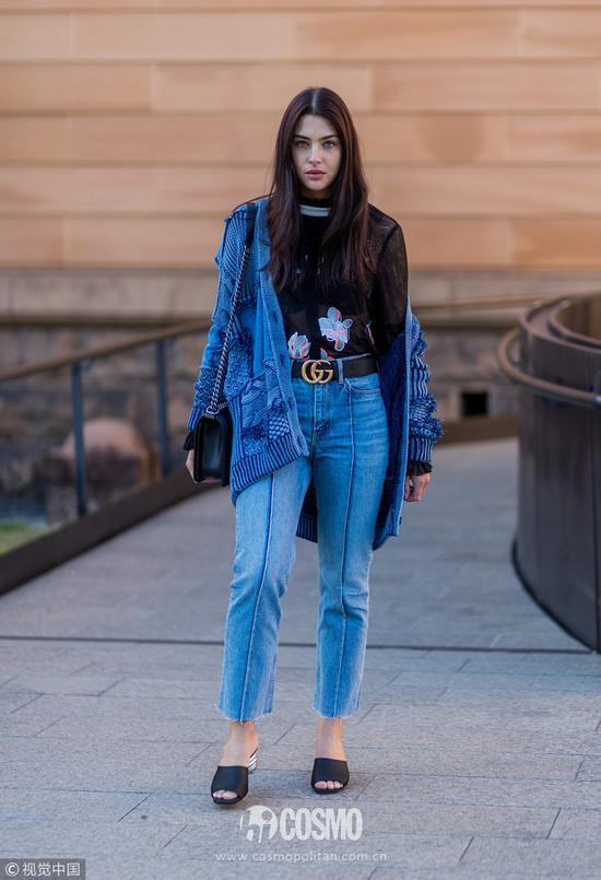 开春用针织开衫搭配阔腿裤 娜比的复古风我爱了