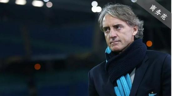 56岁教练才是意大利队最帅男人!穿LP戴百万RM表