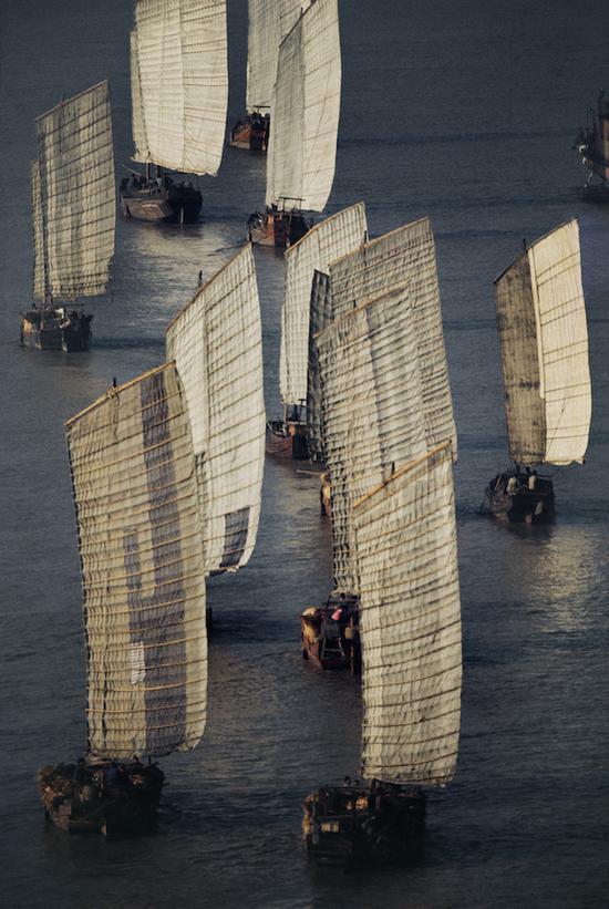 《泛舟长江》,南京,摄影,艺术微喷,1973,75×50cm