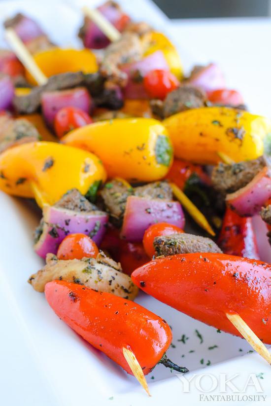 烤串麼,想穿什麼就穿什麼,顏色越多越好看 圖片來自countryliving.com
