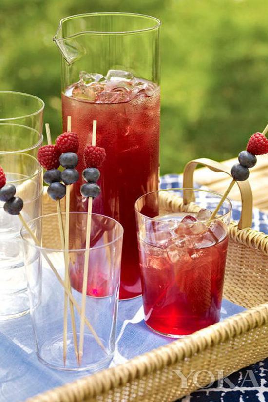 如果在加點兒果汁、預調酒什麼的 馬上就變最受歡迎飲料 圖片來自countryliving.com