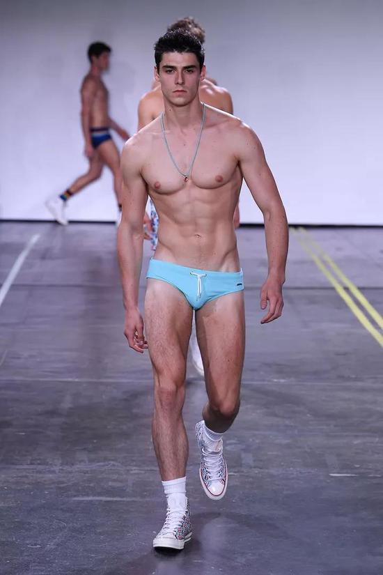 你的内裤是不是该更新换代了?等离子电视好吗