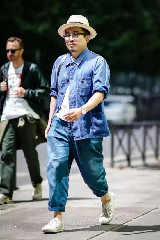 对于胖胖型男的穿搭,小编也不止一次唠叨,做到以下这5点就不会踩雷。