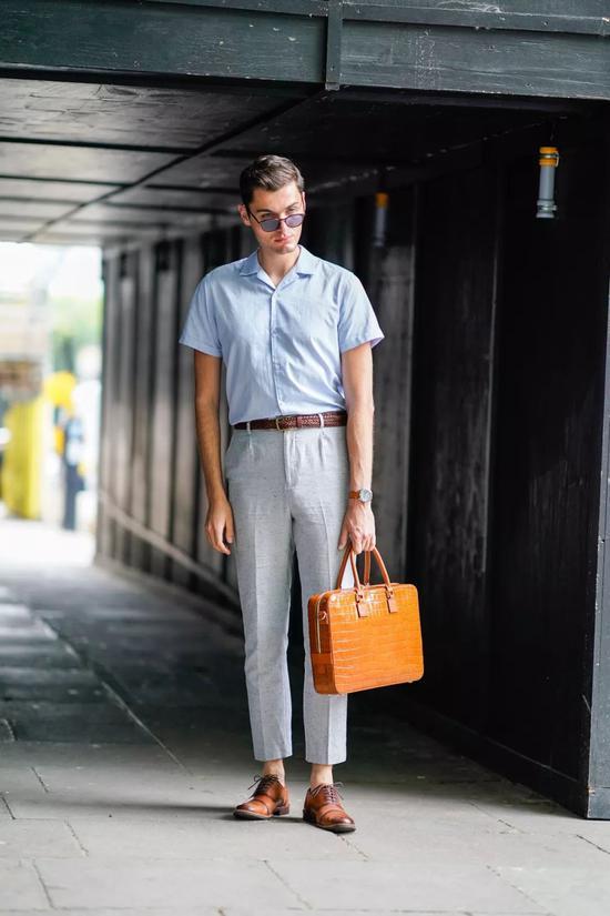 男人上班背什么包才显得活儿好?