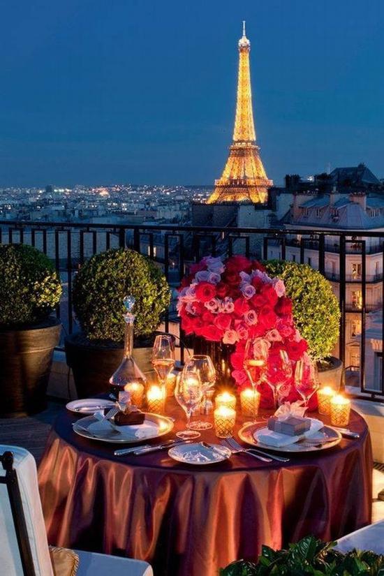 浪漫双人烛光晚餐 图片源自bridalmusings. com