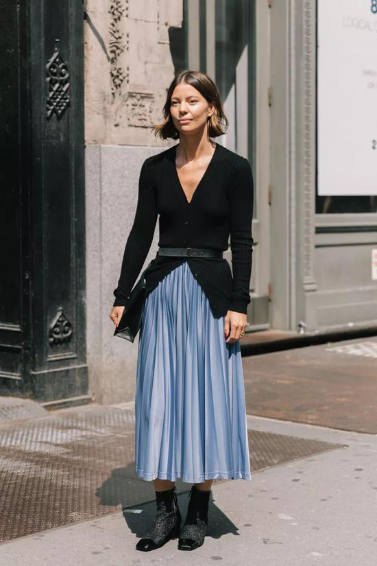 无论是气场御姐还是街头潮范儿,都能用这个小细节的配饰提升时髦度。