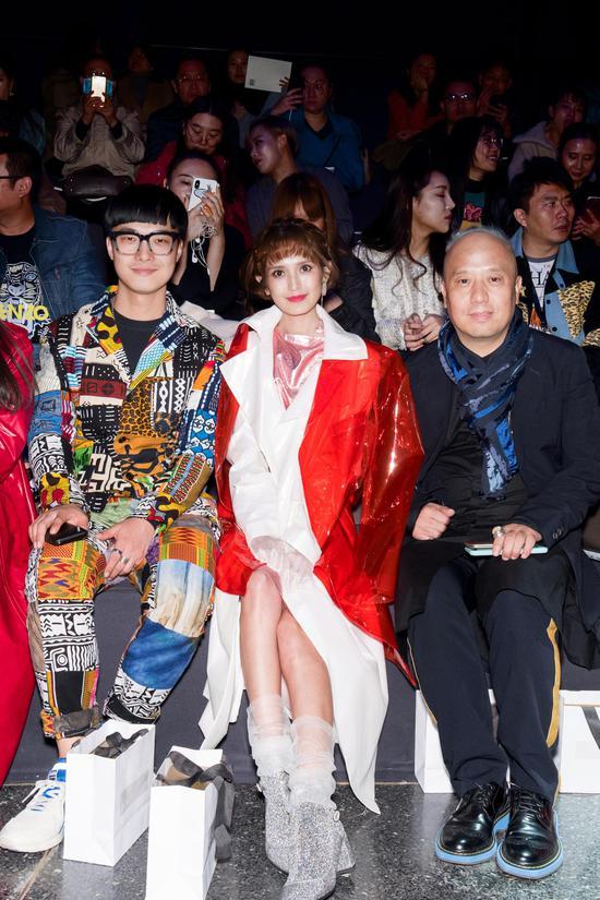 EACHWAY登陆中国国际时装周