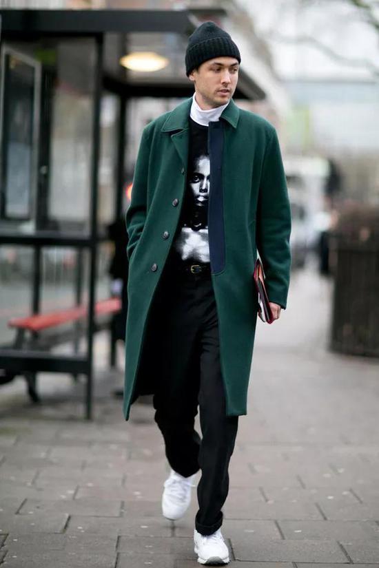 廓形大衣拼接大衣