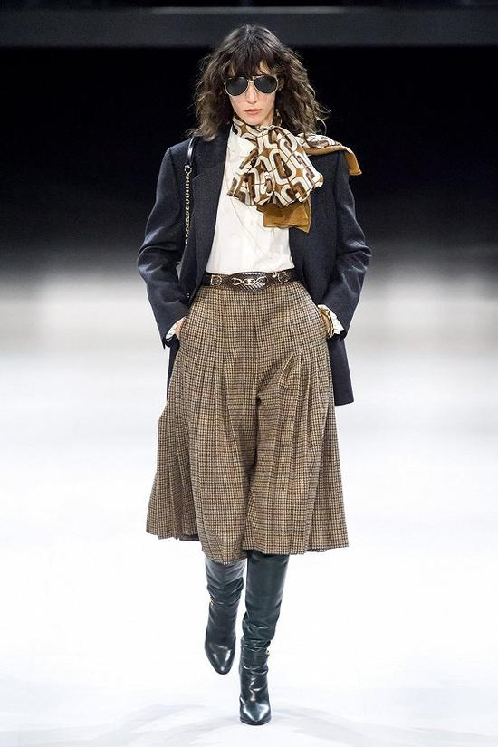 CELINE 2019秋冬系列 图片来源:Vogue