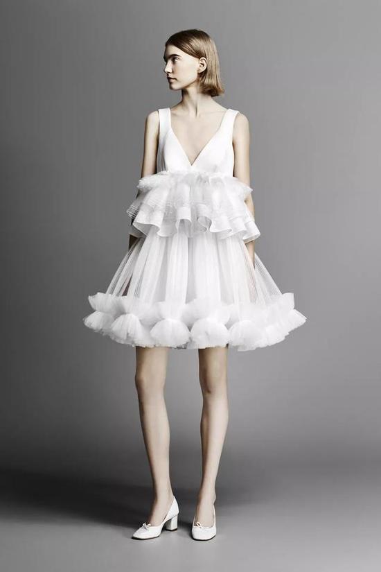 百看不腻的婚纱流行趋势 看一次想结一次婚