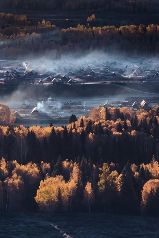 ▲禾木黎明,被晨霜封印的童话传说