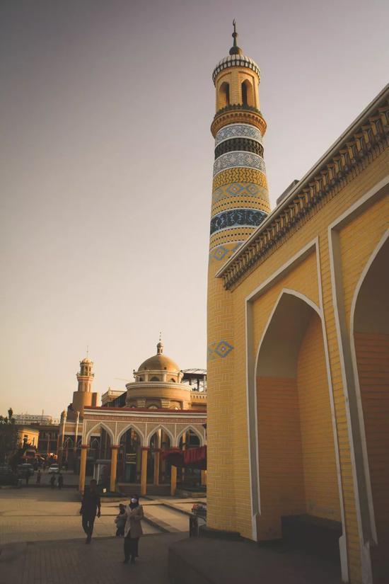 ▲喀什嘎尔清真寺,中国最大的清真寺