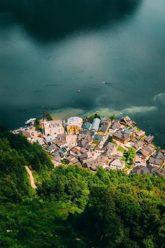 全世界最浪漫的十个小镇 每一个都像走进童话