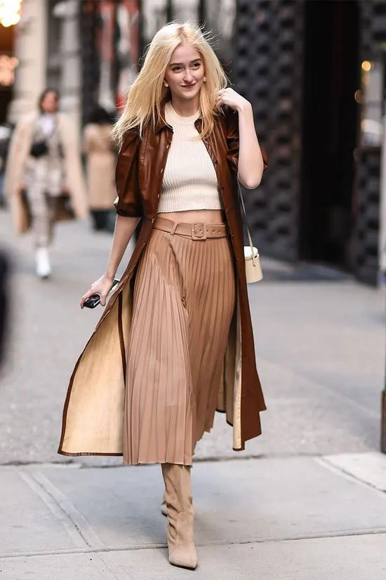 针织衫+半身裙春季限定版搭配