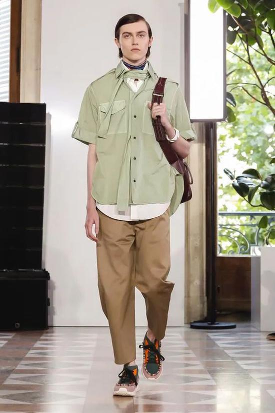 《披荆斩棘的哥哥》如何穿出少年气