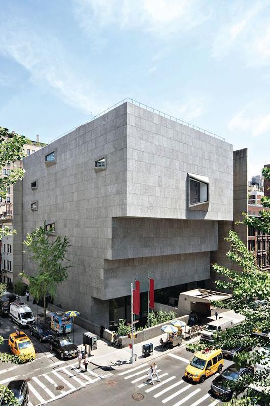 弗里克的藏品将被搬到马塞尔・布劳耶(Marcel Breuer)1966年的野兽派建筑,这里曾是惠特尼美国艺术博物馆和大都会艺术博物馆布劳耶分馆。