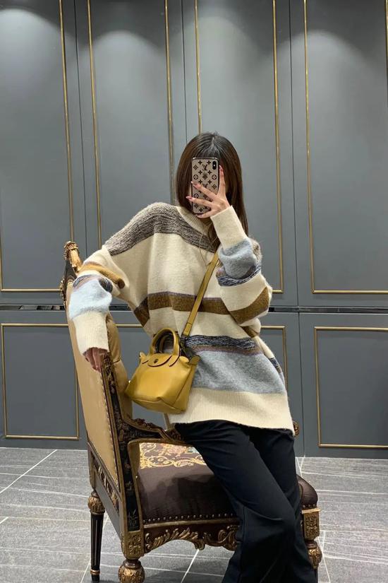 条纹毛衣选对了 春天打造时髦造型就不用愁了