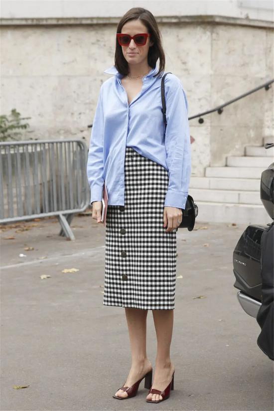 显瘦不挑人 春天的上班装怎么能没有直筒裙