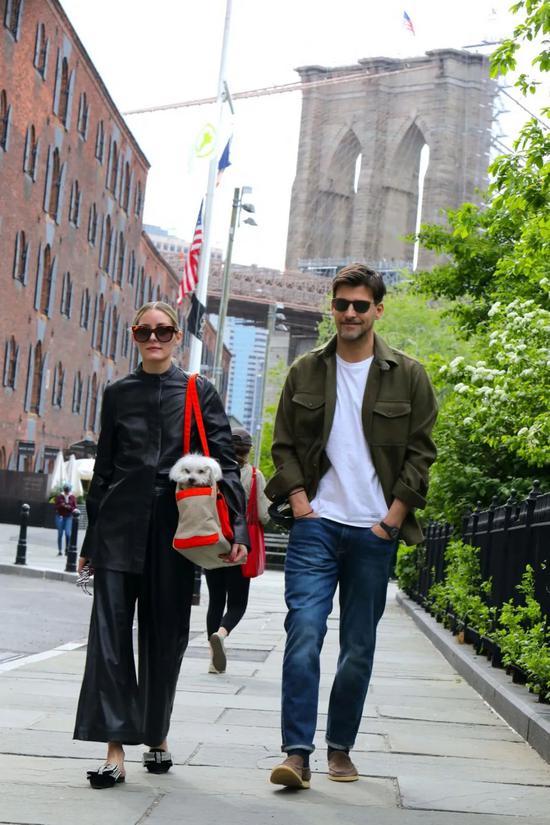 当地时间5月7日,Olivia Palermo现身布鲁克林