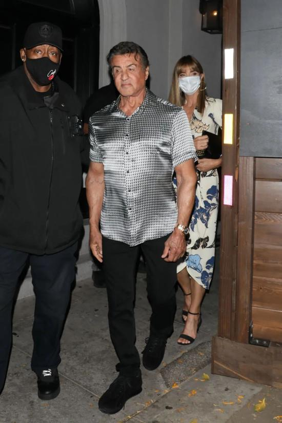 当地时间6月1日,史泰龙现身西好莱坞