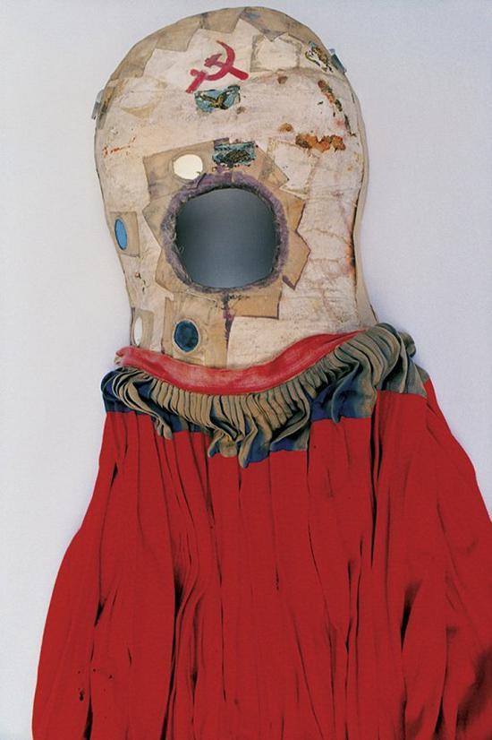 弗里达·卡罗|艺术家是如何给自己设计造型的?