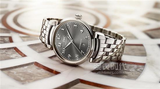 万国达文西系列IW356602腕表,售价49,500元人民币