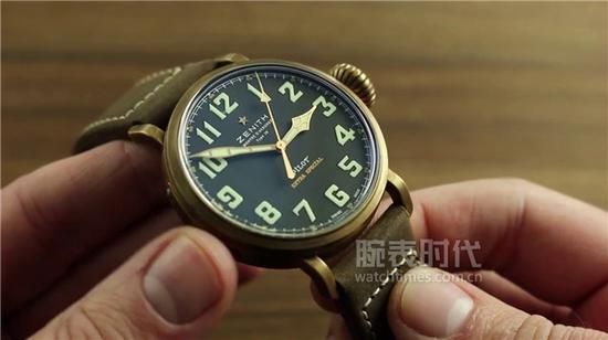 真力时飞行员系列29.2430.679/21.C753腕表,售价48000元人民币
