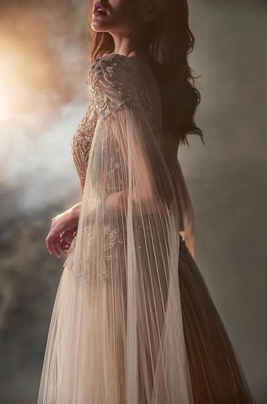 """80%的成品被炸毁章子怡挚爱的最美""""仙裙""""即将消逝"""