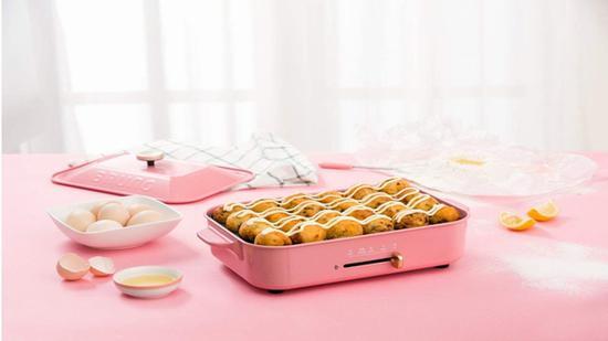 BRUNO 日本家用多功能料理炉 价格980元 亚马逊有售 图片来自www.amazon.cn