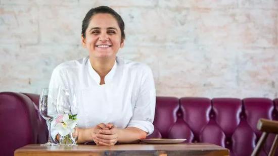 Garima Arora曼谷餐厅 Gaa 行政总厨兼创办人首度获得米其林一星的印度女主厨