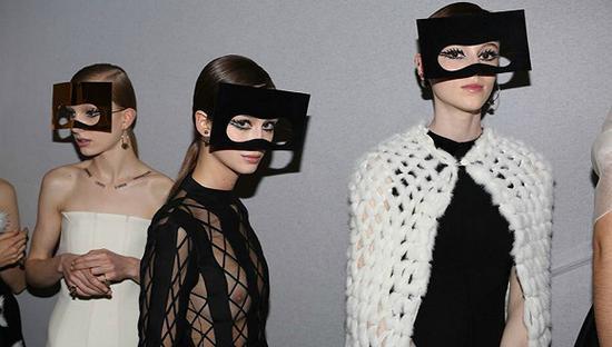 福布斯发布全球上市公司排行榜 Dior成全球最赚钱服饰公司固执征服者是t几