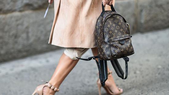 Louis Vuitton双肩包 图片来源:Harper's Bazaar