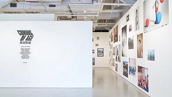 "Virgil Abloh策展的艺术展览""成长轨迹""(COMING OF AGE)在北京举办"