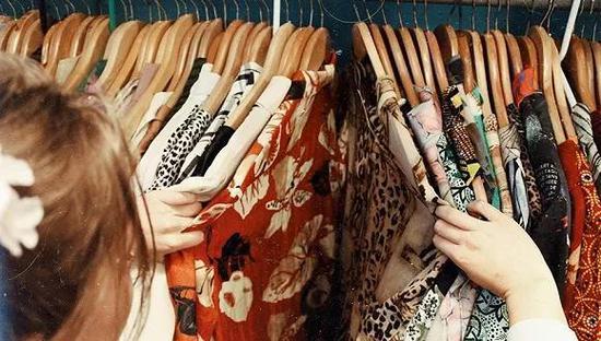 衣二三问题不断,共享衣服有未来吗?融资衣二三共享衣服