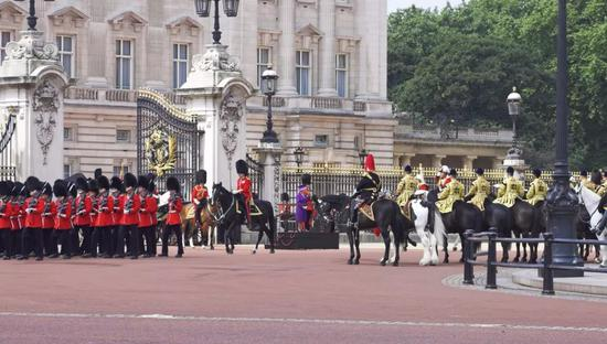 伊丽莎白女王皇家警卫队